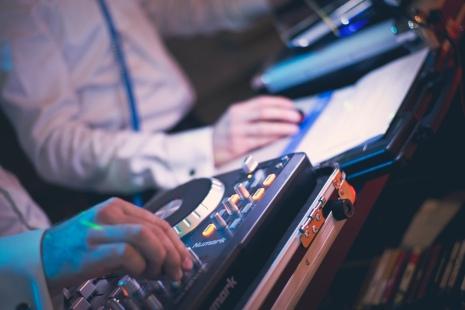 Fotografia biznesowa - DJ Brachole